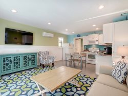 Heated Pool | 5*Clean | Flex Cancellation | Grocery Delivery | Relax on Tybee Tyme! Ground Level Apartment just steps to Tybee Back River Beach