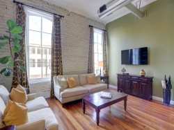 Heated Pool | 5*Clean | Flex Cancellation | Grocery Delivery | NEW! Perfect Loft Retreat with Views of Broughton St.