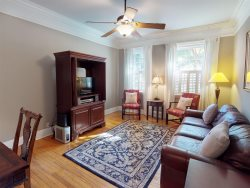 Classic Savannah Vacation Rental Centrally Located in Historic District