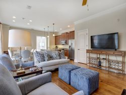 Heated Pool Access   5*Clean   Flex Cancelation   Upscale Condo in Prime Bay Street Location with Private Parking