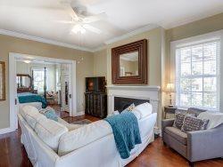 Heated Pool Access | 5*Clean | Flex Cancelation | Classy & Cozy Historic Savannah Rental