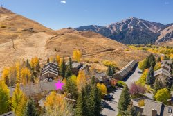 Sun Valley Snow Creek 3 BR + Loft Condo