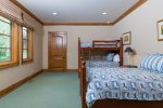 Family Suite 2- Kids` Suite with Twin and Bunk Beds