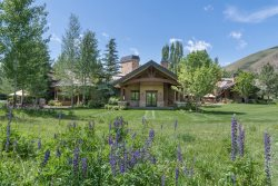 Immaculate Gimlet 9 BR / 13 Bath Private Sun Valley Estate