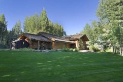 Gimlet Luxury Log Home- Private Path to Big Wood River