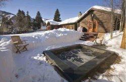 Luxury Log Lodge- Overlooking Preserve with Baldy Views