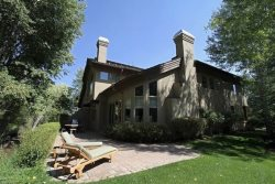 Big Wood River Access Luxury 4 BR / 4.5 Bath Ketchum Townhome
