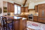 Gourmet Kitchen with TV, Gas Cooktop, 2 Ovens, Counter Seating for 2