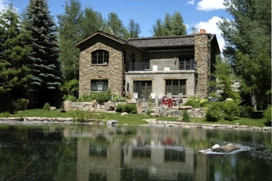 Waterfront / Easy River Access Sun Valley Vacation Rentals