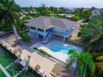 Getaway Bay at Coco Plum Beach ~ Private Pool Home