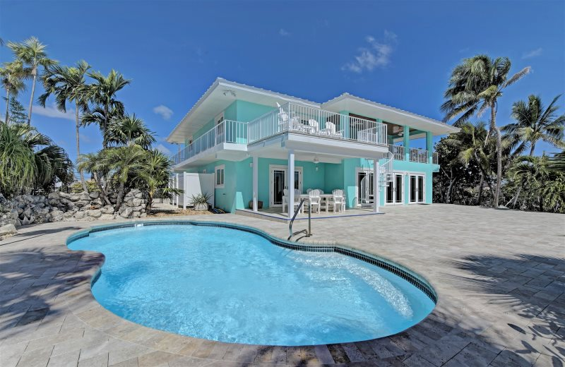 Sombrero Reef Vacation Rentals with pool