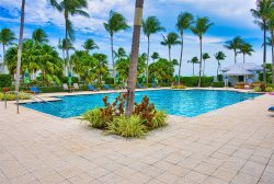Indigo Reef Villa~close to the pool~ NEW decor