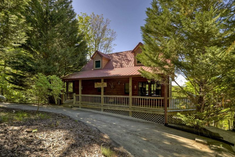 Call Of The Wild Rental Cabin Located In The North Georgia Mountains In  Morganton Near Blue Ridge. Call Of The Wild Sleeps 4 And Is Managed By My  Mountain ...