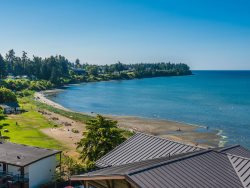 Sub Penthouse Oceanfront Luxury Condo along Parksville Beach