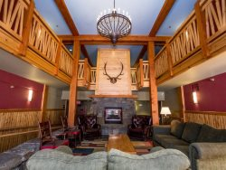 Ski-in/Ski-Out 3 bedroom Condo in Morning Eagle Lodge on Whitefish Mountain Resort