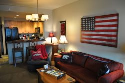 Luxurious 1 bed/1 bath Ski-In/Ski-Out Condo in Morning Eagle Lodge at Whitefish Mountain Resort