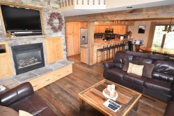 Large Townhome duplex with its own Hot tub, only a short walk to the lifts on Whitefish Mountain Resort