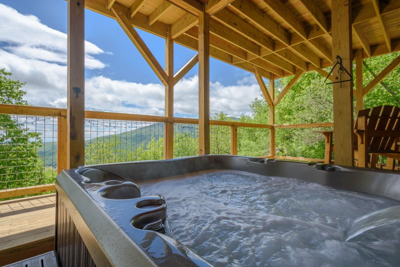 Beautiful Log Cabin With Hot Tub Two King Beds Great Views Foosball Table
