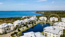 Palma Sola Bay Club Beauty - 3 Bedroom Rental in the Beautiful Palma Sola Bay Club