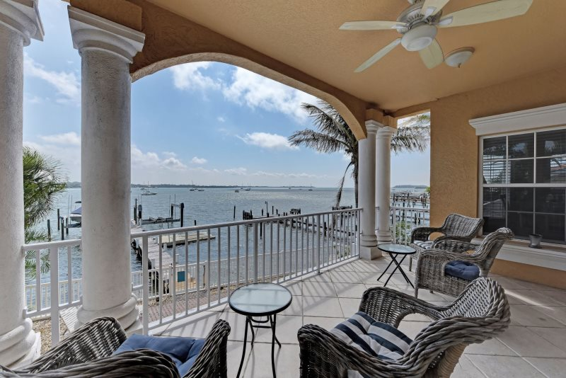 Magnificent Bradenton Beach Bayfront Vacation Condo Home Remodeling Inspirations Gresiscottssportslandcom