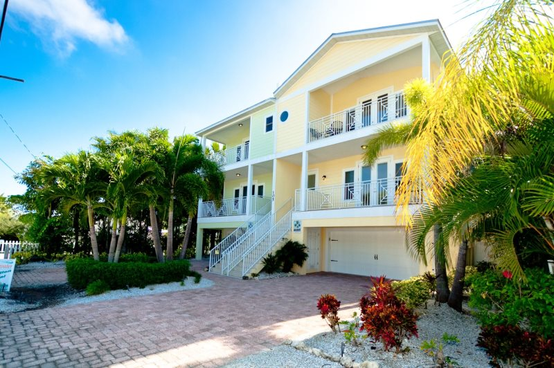 4 Bdrm Bradenton Beach Vacation Home - Anna Maria Island