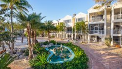 Marina front townhouse with garage! 207 Mariners Club Key Largo