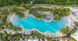 Oceanfront Luxury ~ 4-bedroom on white sand beach! 311 Mariners Club Key Largo