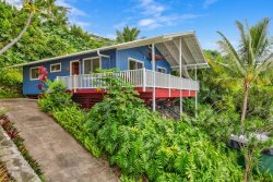 Kona Paradise A Little Peace of Heaven - Adorable 2 bd 1+ bath home tucked up on the hill