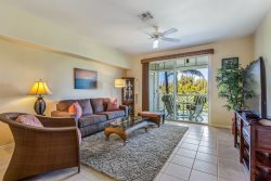 Waikoloa Fairway Villa Luxury Condo H22