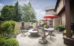 Relax at the Awbrey House Outdoor dining for up to 8 natural gas firepit and barbeque