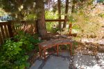 Zen decor all throughout backyard living space
