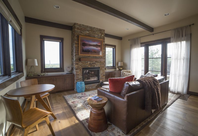 Tetherow Cabin | Bend Oregon Vacation Rentals | Furnished Monthly Rentals |  Sleeps 4 | 30 Night Minimum No Lodging Tax!
