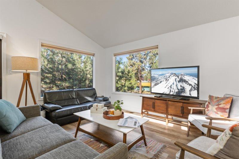 Bend, Oregon Vacation Rental House | Near Mt  Bachelor, Pet