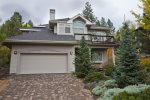 Walk Everywhere West Side Bend Oregon Vacation Rentals, 4 bedrooms , 2.5 bathrooms,  sleeps 8