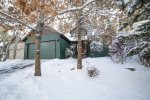 Gorgeous 4 bedroom, 2.5 bath, sleeps 8, air conditioning and pet friendly in Bend Oregon