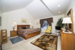 Large master king suite, lower level