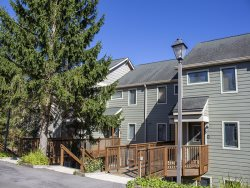 Powderidge 24 - Full Circle.  2 Bedroom, 2 Bath Condo, WIFI, FREE NETFLIX
