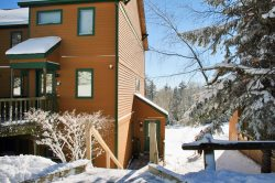 Powderidge 64-SKI IN SKI OUT GREAT RENTAL CONDO!  WIFI, UNLIMITED LONG DISTANCE PARKING