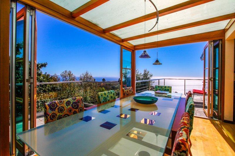 Stunning Malibu House - Paradise Found with Panoramic Ocean Views on