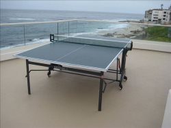 Ping pong by the waves