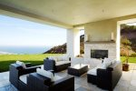 Seamless Indoor / Outdoor Living in Mild-weathered Malibu