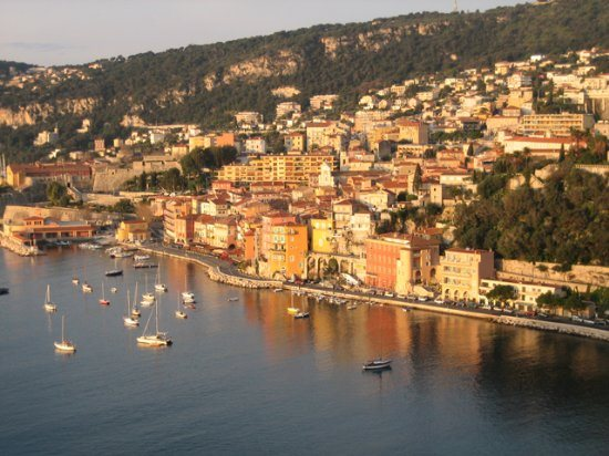 Old Villefranche sur Mer with all the restaurants and beach walk