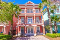 Crimson Cottage~ Perfect For Large Families- 6 Bedroom Beach Home - Book your Late Getaway Today!!!