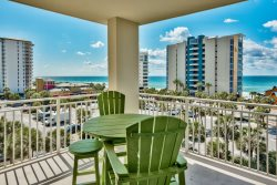 Southern Sol- Sterling Shores GEM!  3 Bed 3 Bath with fantastic Gulf Views from Fifth Floor ***Heated Gulfside Pool Thanksgiving Through February***