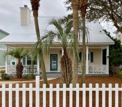 The Best of Tides - Immaculate Newly Renovated Beach Retreat with Private Pool & Private Beach Access Area BEACH SERVICE INCLUDED!