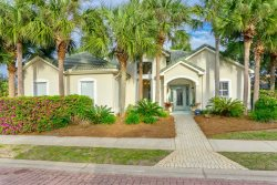 Precious Palms ~Executive Style Home With Open Floor Plan - Book Now for an Anytime Vacation!!!