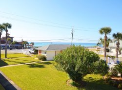 Tradewinds ~ NEWLY REMODELED With Ocean Views From Balconies! Book Your Spring Break Getaway Today!