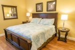 Second Floor King Master Suite With Private Bath