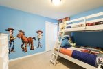 The kids will love being able to pick their own bunk in this twin/full bedroom