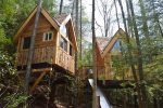 Tradewinds Treehouses: Kitchen and Master Bedroom